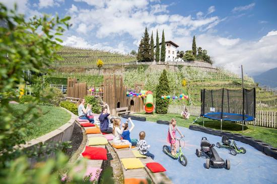 Cermes, Italia: Abenteuerspielplatz