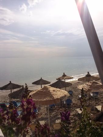 Beach Hotel Kapahi: MY BREAKFAST VIEW