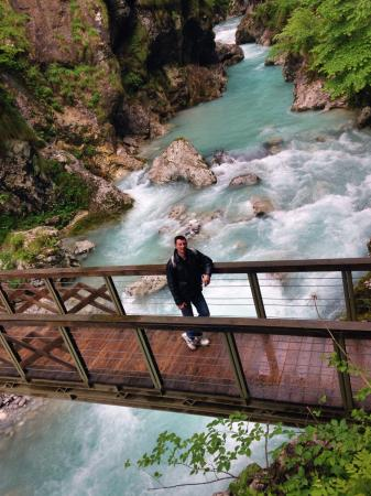 Tolmin Gorge : Hiking paths and bridges are very well maintained