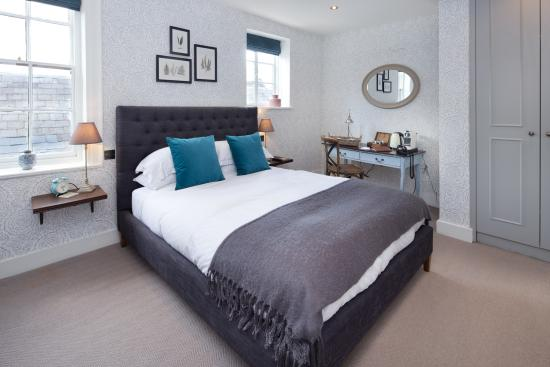 The George Townhouse: Superior