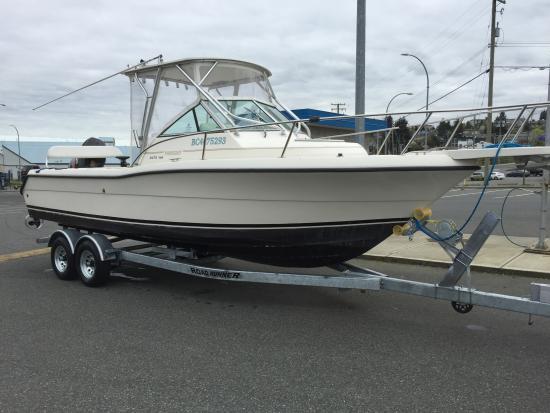Nanaimo, Canadá: Pursuit Boat