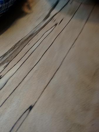 Arbutus : wonderful wooden table surface