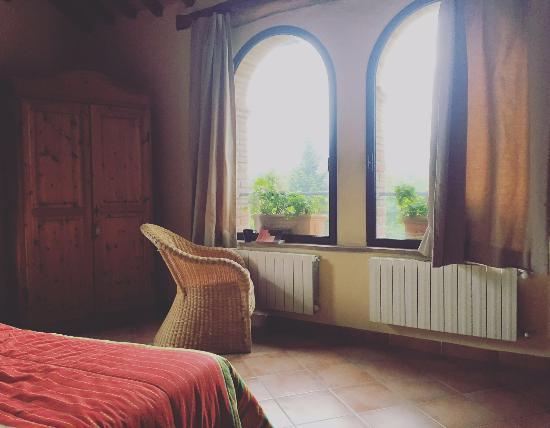 Montieri, Italia: Meravigliosa vista- Torre della gatta