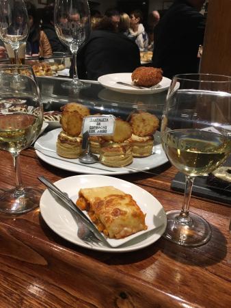 Restaurante bar gaucho en pamplona con cocina vasca for Cocina vasca pamplona