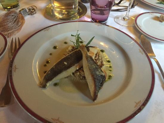 Mauzac-et-Grand-Castang, Frankreich: Ausgezeichnetes Menü zum vernünftigen Preis