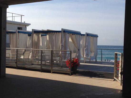 la vista dalla passeggiata - Foto di Bagni Lido, Deiva Marina ...