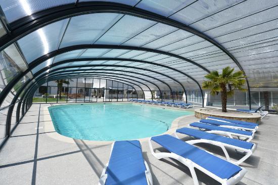 Hotel du Golf de Saint Laurent : La piscine