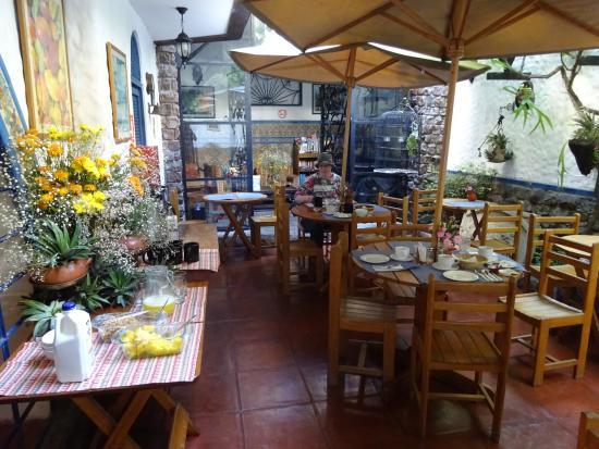 Hostal Buena Vista: Frühstück im Innenhof