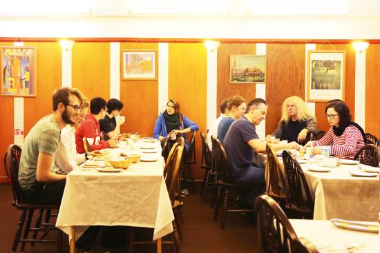 Kent Hall Hotel: Breakfast is included in all our prices