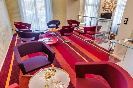 Salon mezzanine - Picture of Le Chateaubriant - TripAdvisor