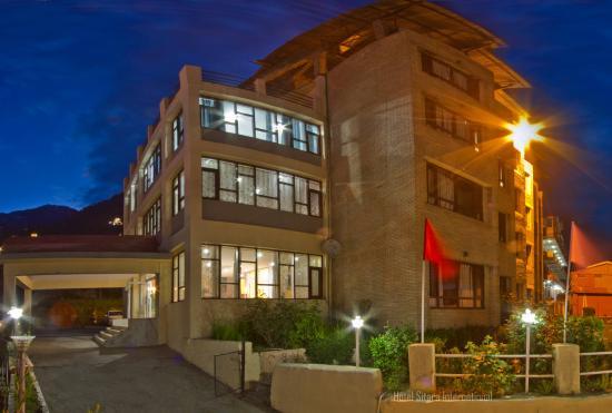 Hotel Sitara International
