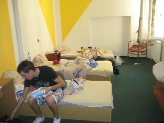 AZ Hostel: IMG_3379_large.jpg