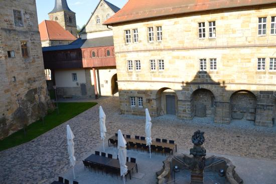 Schloss Thurnau: The view of the courtyard.