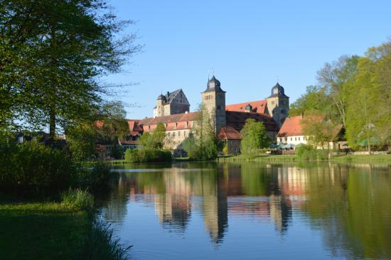 Schloss Thurnau: View from the lake