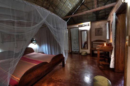 intérieur bungalow (189455242)