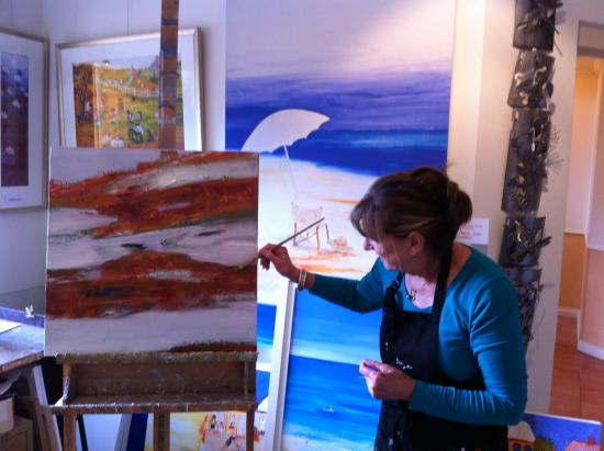 Abbey Beach Resort: Jenny Taylor, the Artist-in-Residence at the Resort