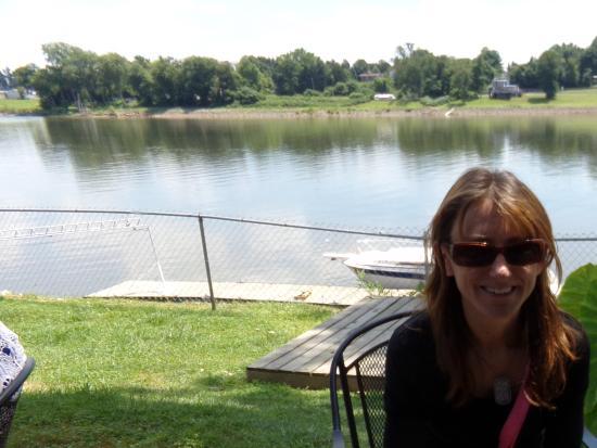 Marietta, OH: Sitting, waiting, & enjoying the view