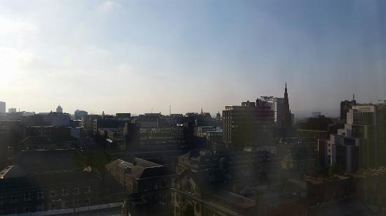 Premier Inn Glasgow City Centre (Charing Cross) Hotel: 20160509_071321_large.jpg