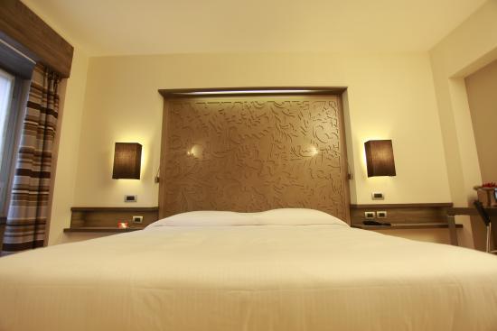 Hotel Diplomatic : Camera confort matrimoniale