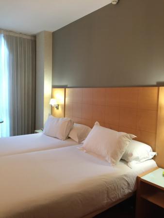 โรงแรมซิลเคน เซนต์ เจอร์วาซี่: Sin lujos pero bueno.