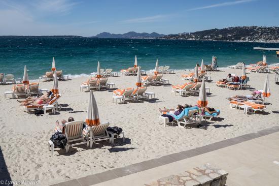 Juan Les Pins Main Beach Le