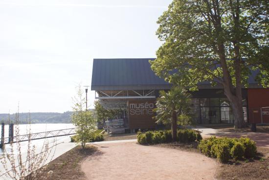 Caudebec-en-Caux, França: museo seine l'entrée