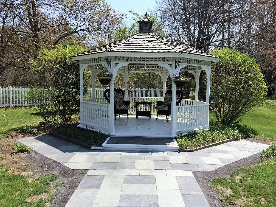 Brandon, VT: The freshly painted Gazebo