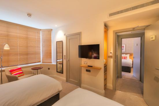 Rooms: Picture Of The Orchid Hotel