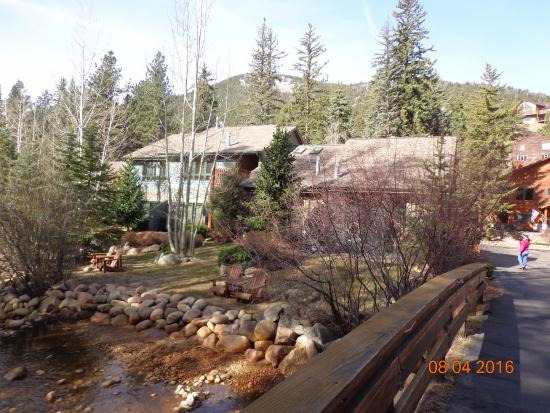 River Stone Resort and Bear Paw Suites: On the Bridge at the Entrance to Bear Paw