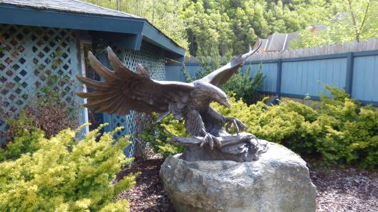 Skagway Sculpture U0026 Flower Garden: Eagle Sculpture