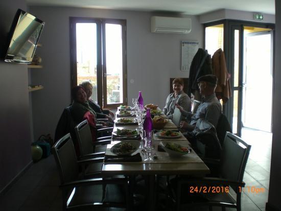 Elne, Francia: Sala del Restaurant Cara Sol.Especial por el cumpleaños.