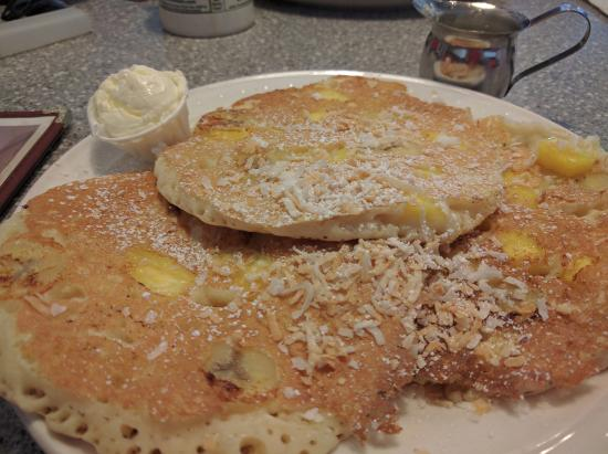 101 Diner: Tropical Hawaiian Pancakes with Coconut Syrup