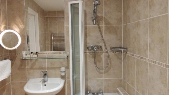 Yelverton, UK: ensuite bathroon