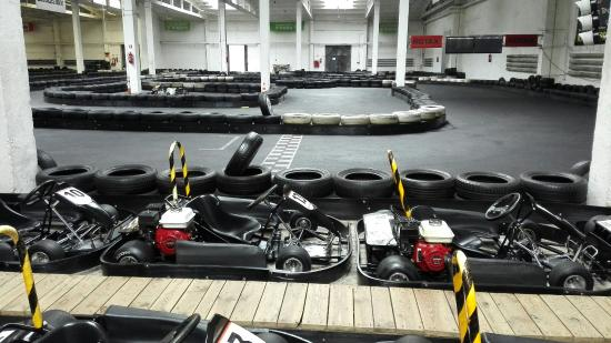Wroclaw Racing Center - indoor karting: IMG_20160416_133304_large.jpg