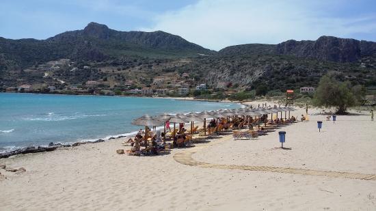 Plytras Beach