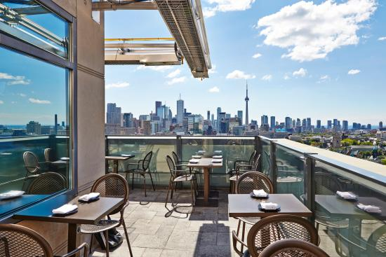 Park Hyatt Toronto: Roof Lounge Terrace