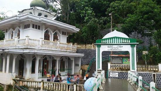 Safarwadi Pamijahan Cave