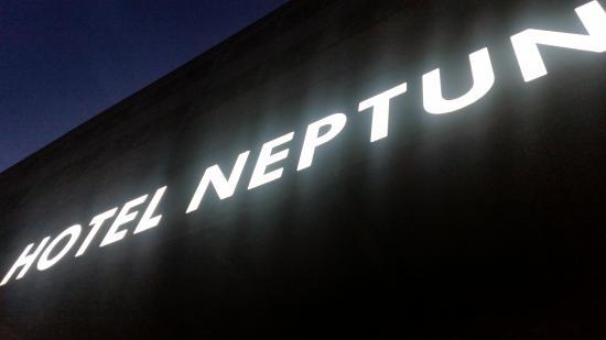 Neptun Hotel Photo