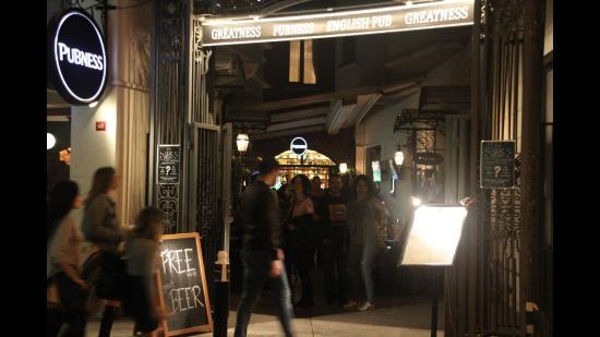 Pubness English Pub