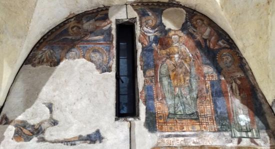 Chiesa Di Sant'ansano E Cripta Di Sant'isacco: Cristo in gloria, affresco dell'XI secolo