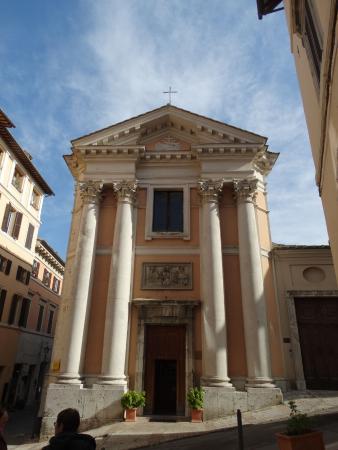 Chiesa Di Sant'ansano E Cripta Di Sant'isacco: facciata di sant'Ansano