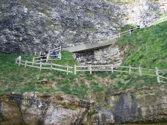 Plage d 39 etretat vue de la falaise d 39 amont photo de falaise d 39 etretat etretat tripadvisor - Office de tourisme d etretat ...