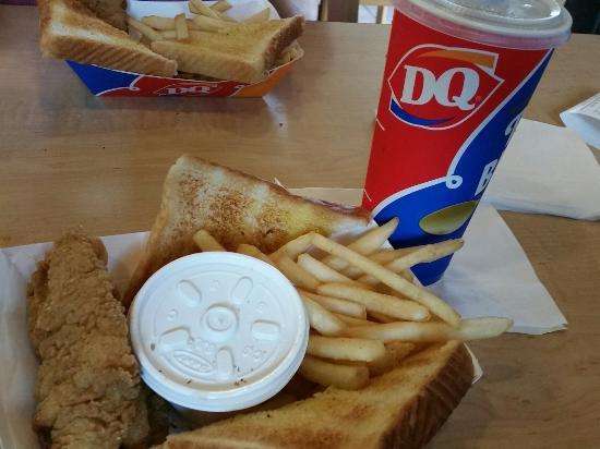Marshfield, MO: Dairy Queen