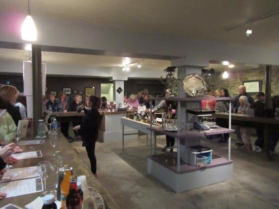 North East, PA: Group Wine Tasting