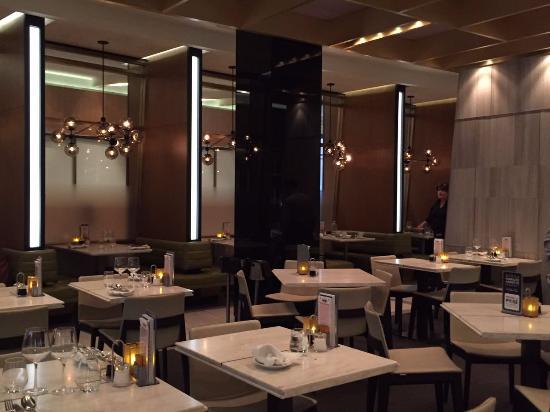 Restaurante pavillon 67 picture of casino de montreal for Equipement de restaurant montreal