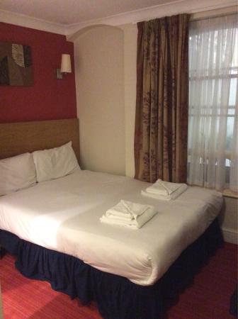 Comfort Inn London - Westminster: photo0.jpg