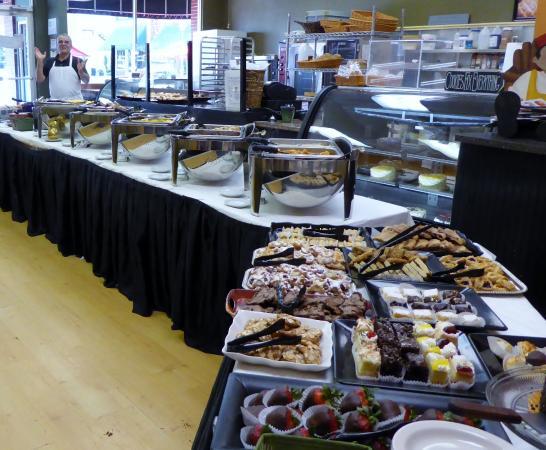 Pendleton, Karolina Południowa: The Sunday Brunch Is Extensive!!!