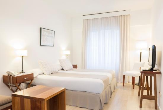 Photo of Loi Suites Arenales Hotel Buenos Aires