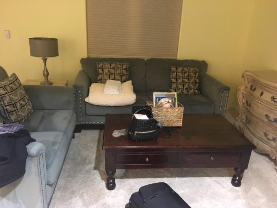 Vendange Carmel Inn & Suites: photo1.jpg