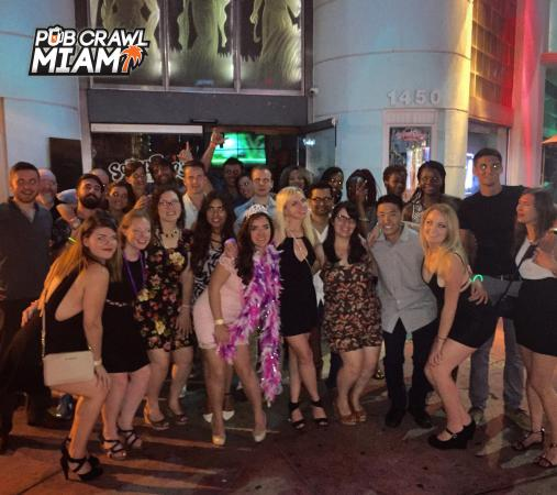 Good Times In South Beach Start With Pub Crawl Miami